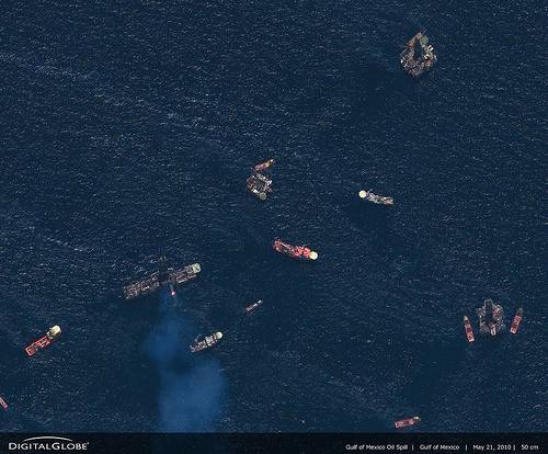 Gulf of Mexico Spill_21_05_10 (C) DigitalGlobe-Imagery.jpg